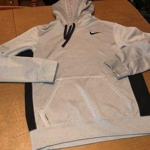 Nike Therma Fit Pullover Hoodie Sweatshirt S READ